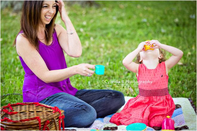 family photography, photos, family, children, buffalo, NY, Syracuse NY, little girl , tea party, mom