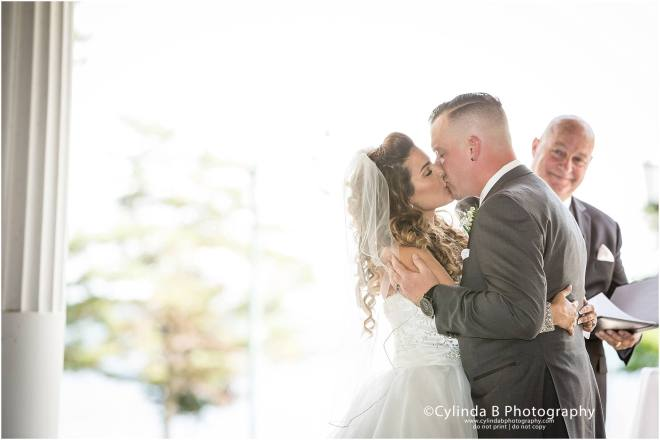 wedding, photography, emerson park, auburn, cylinda b photography, ceremony, first kiss