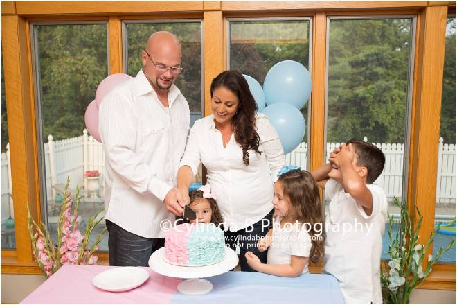 Gender Reveal, Cake, Family Portraits, Cylinda B Photography, Syracuse-18