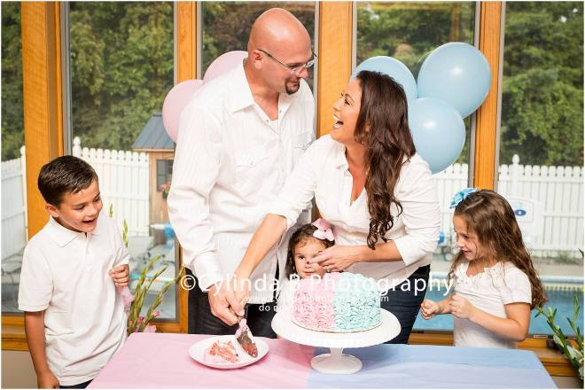 Gender Reveal, Cake, Family Portraits, Cylinda B Photography, Syracuse-19