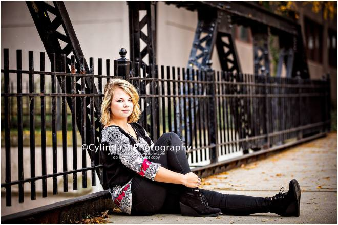 Franklin Square, Syracuse, senior portraits, girl, portrait, downtown portraits, Cylinda B Photography-12