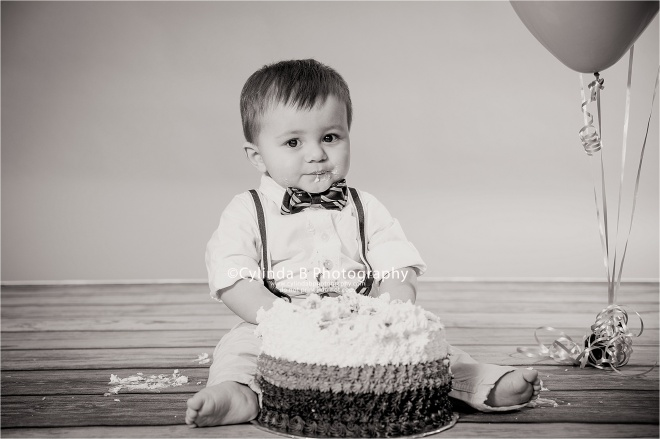 Boy Cake Smash, Syracuse Photographer, children, cake, boy