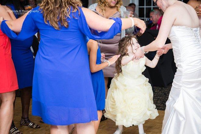 Justin's Tuscan Grill, Wedding, Syracuse Wedding, Photographer, Cylinda B Photography, Upper onondaga park-30