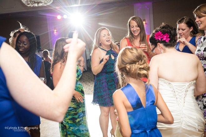 Justin's Tuscan Grill, Wedding, Syracuse Wedding, Photographer, Cylinda B Photography, Upper onondaga park-31
