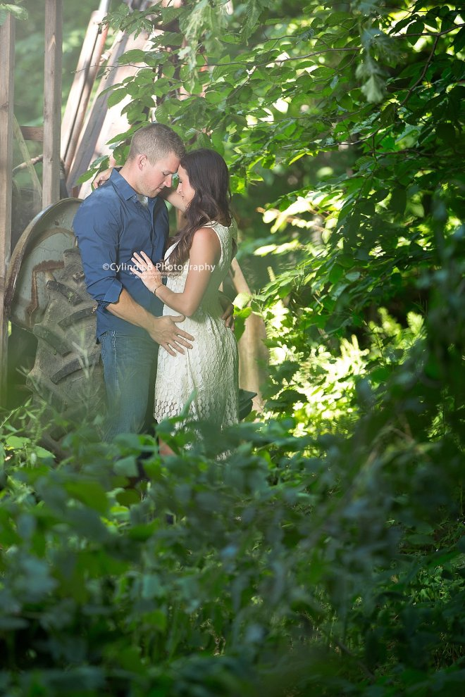Syracuse Engagement, Beaver Lake, Cylinda B Photography, The Farm, Country Engagement-11