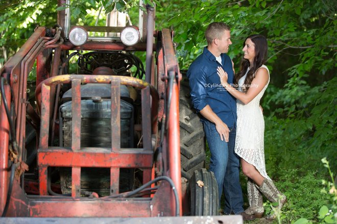 Syracuse Engagement, Beaver Lake, Cylinda B Photography, The Farm, Country Engagement-5