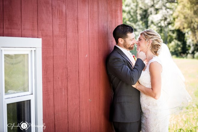 outdoor-rustic-wedding-syracuse-wedding-photographer-cylinda-b-photography-63