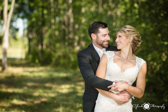 outdoor-rustic-wedding-syracuse-wedding-photographer-cylinda-b-photography-68