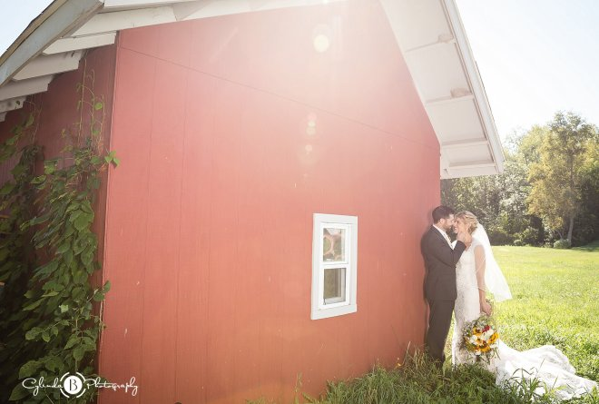 outdoor-rustic-wedding-syracuse-wedding-photographer-cylinda-b-photography-71