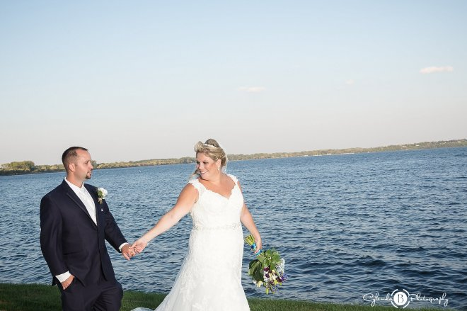 ramada-geneva-lakefront-wedding-geneva-wedding-cylinda-b-photography-27