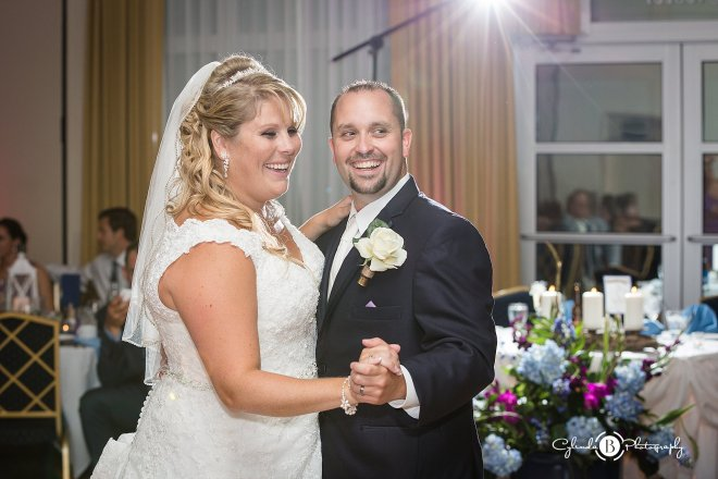 ramada-geneva-lakefront-wedding-geneva-wedding-cylinda-b-photography-43