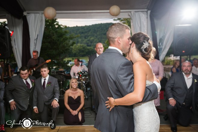 the-links-at-hiawatha-binghamton-wedding-cylinda-b-photography-40