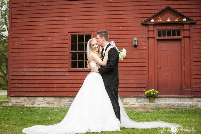 the-beeches-inn-rome-wedding-rome-wedding-photographer-cylinda-b-photography-29