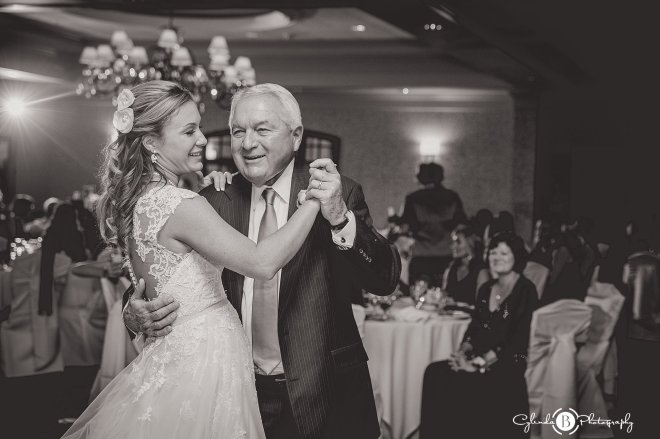 turning-stone-wedding-syracuse-wedding-photography-vernon-ny-cylinda-b-photography-40