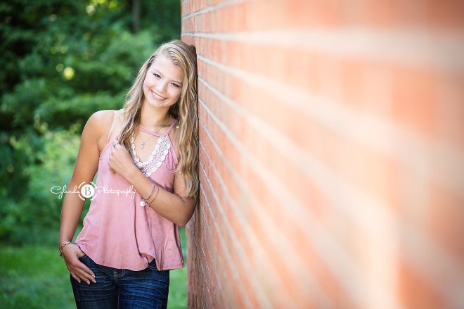 syracuse-senior-portrait-senior-photos-cylinda-b-photography-the-farm-baldwinsville-1-7