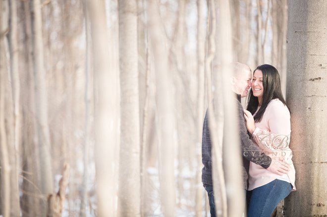 syracuse-engagement-outdoor-farm-engagement-syracuse-wedding-photographer-8