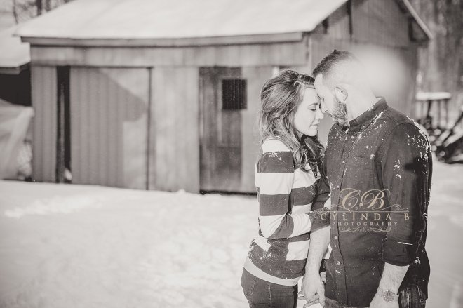 syracuse-engagement-winter-engagement-photography-photo-cylinda-b-photography-syracuse-wedding-photography-the-farm-15