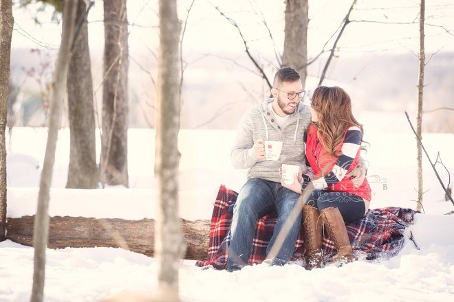 syracuse-engagement-winter-engagement-photography-photo-cylinda-b-photography-syracuse-wedding-photography-the-farm-2