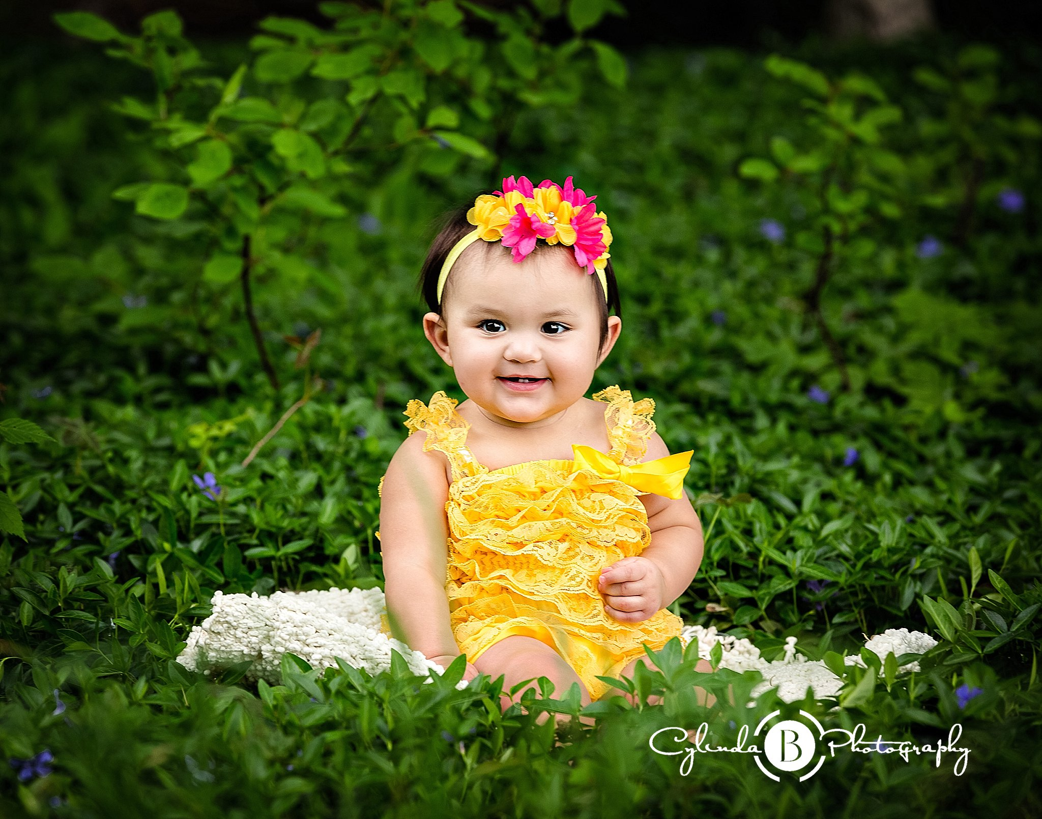 Cake smash photo session syracuse baby photographer